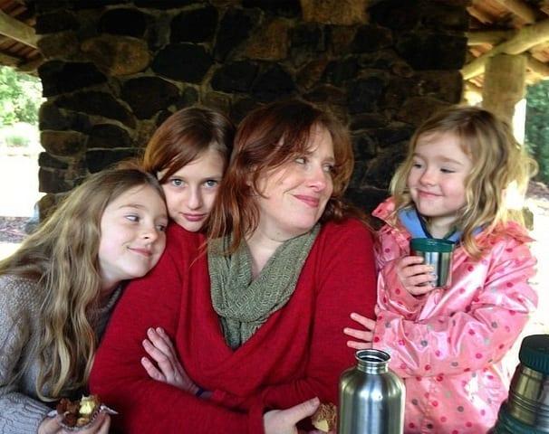 Lauren: Homeschooling mama to three glorious girls