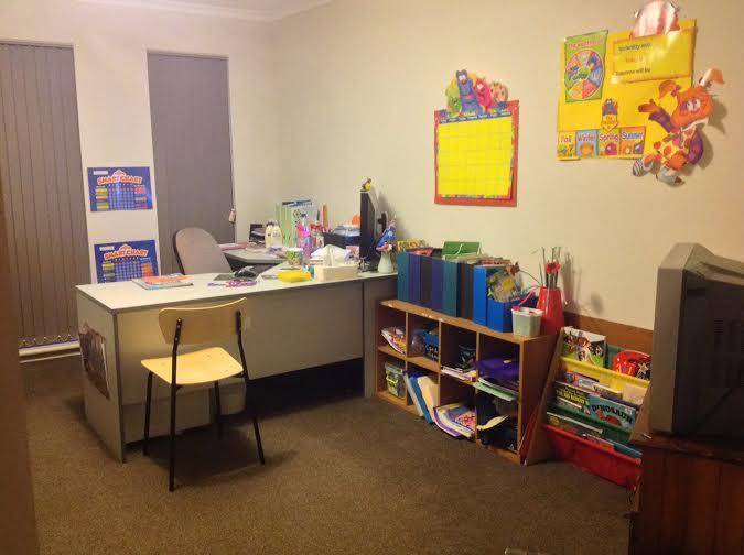 Renee's homeschooling space