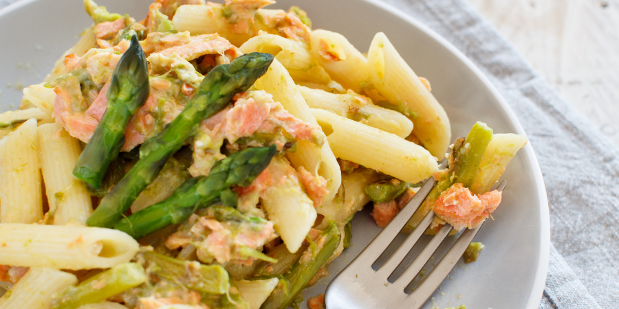 Asparagus and salmon pasta bake